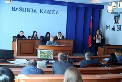 "Creation and Institutionalization of Youth' Council in Kamez Municipality "" (Albania): ""Deliberative youth"""